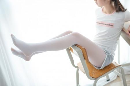 森萝财团 R15-005 教室短裤白丝【85P】