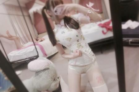 微博萝莉双马尾@H工口赛高酱——小熊旗袍