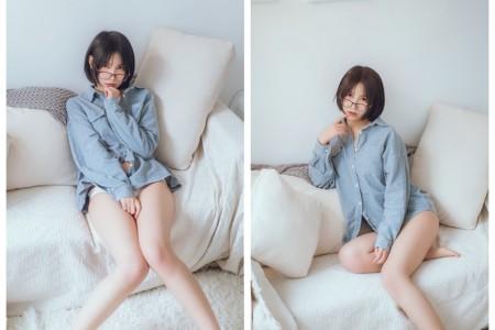 逐月su - 蓝色衬衫