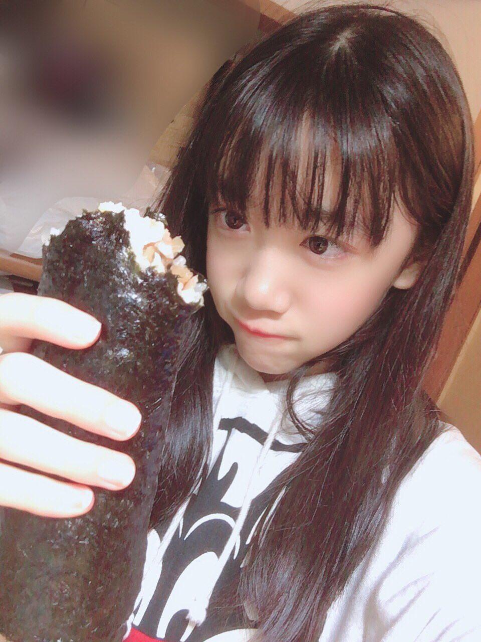 又长又黑的惠方卷 美女吃惠方卷的浮想联翩 4