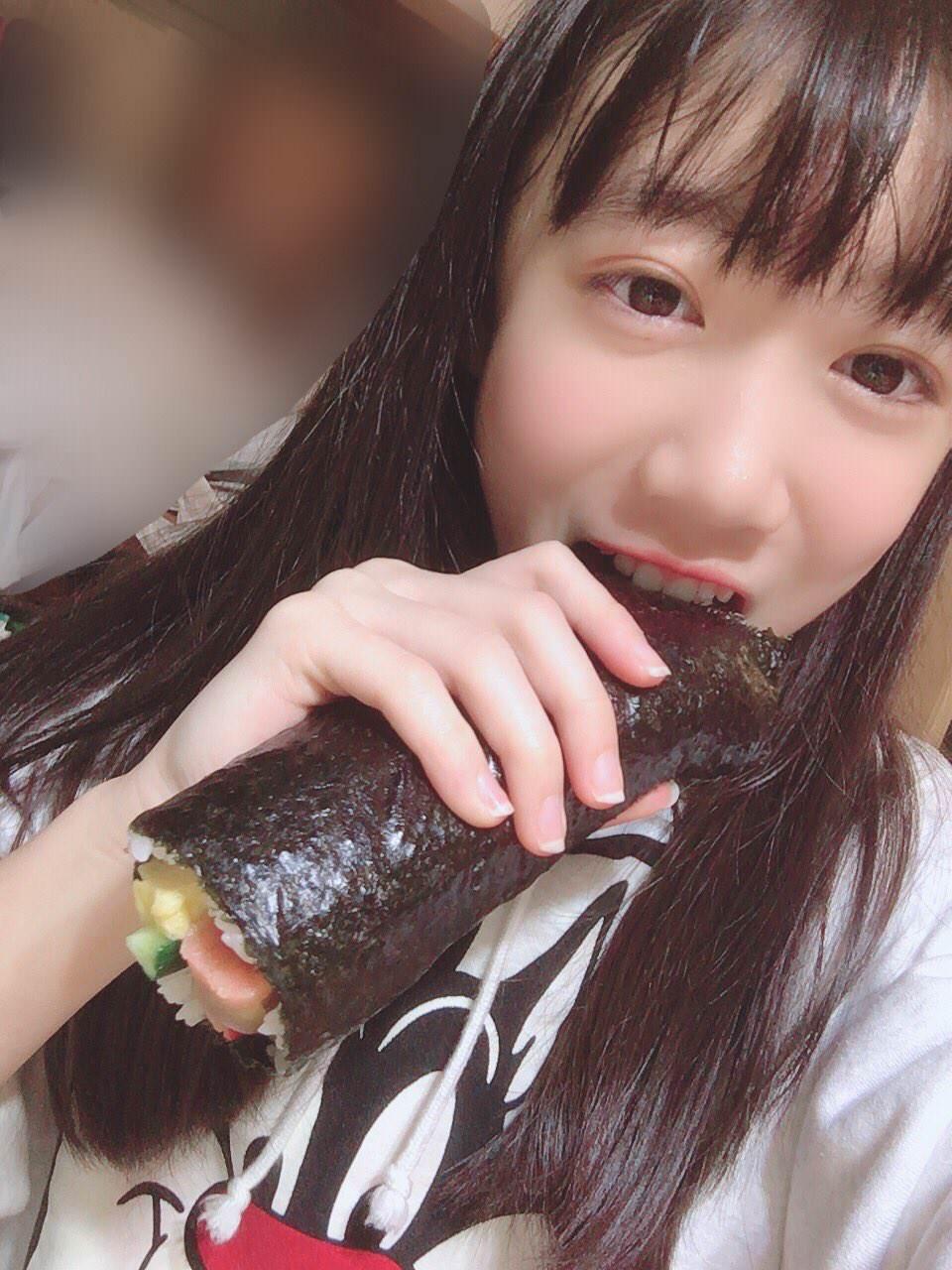 又长又黑的惠方卷 美女吃惠方卷的浮想联翩 5