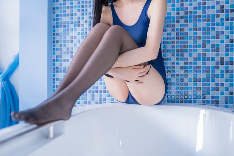木绵绵OwO - 死库水浴缸湿身 4